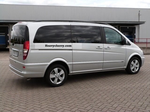 Mercedes-Benz Viano 2.2 2012 photo - 3