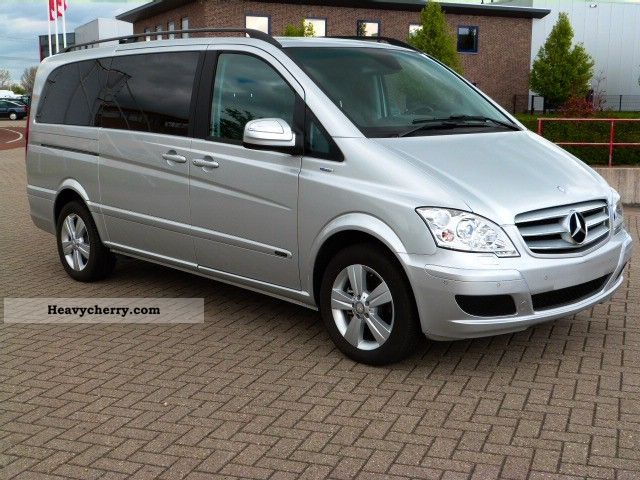 Mercedes-Benz Viano 2.2 2012 photo - 4