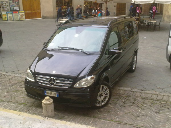Mercedes-Benz Viano 3.0 2004 photo - 11