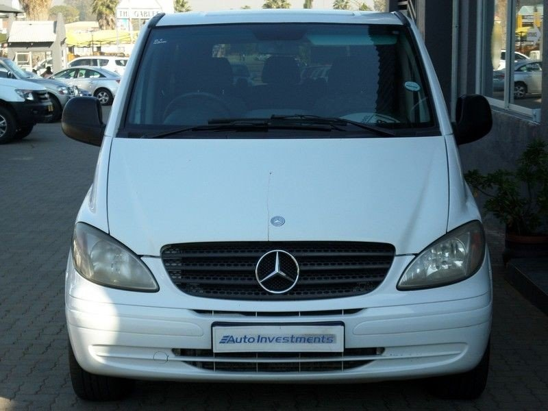 Mercedes-Benz Viano 3.0 2009 photo - 2