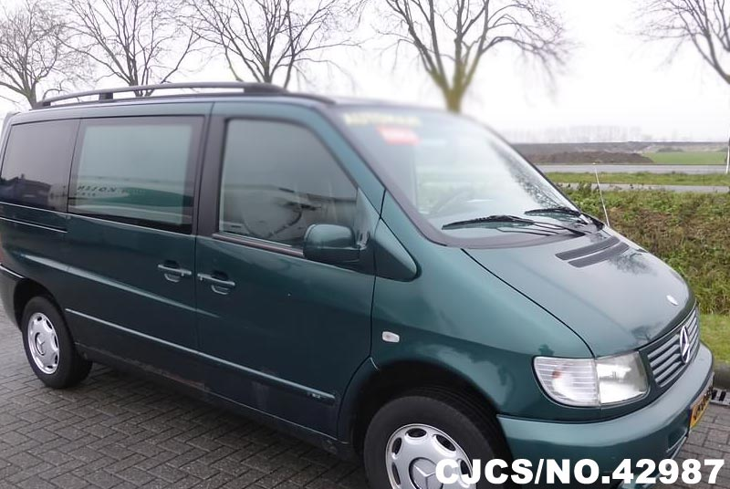 Mercedes-Benz Viano 3.5 2003 photo - 1