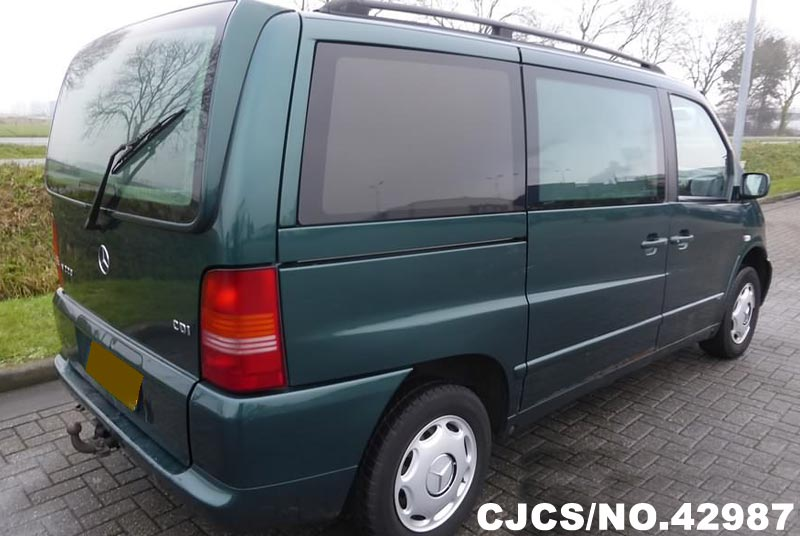 Mercedes-Benz Viano 3.5 2003 photo - 2