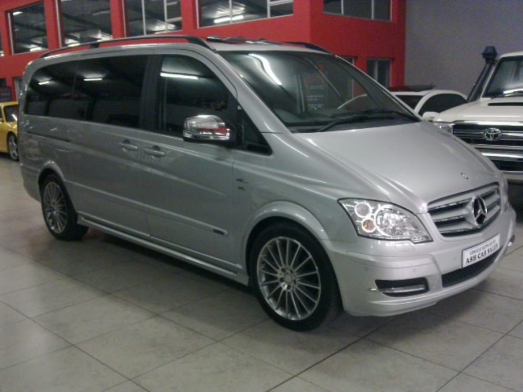 Mercedes-Benz Viano 3.5 2013 photo - 1