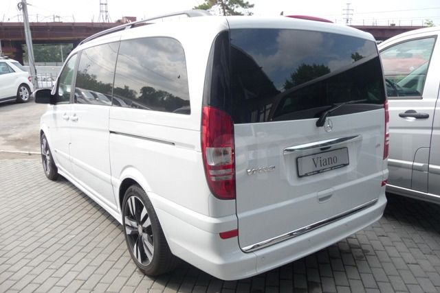 Mercedes-Benz Viano 3.5 2013 photo - 3