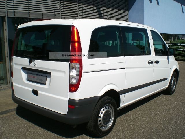 Mercedes-Benz Vito 110 2010 photo - 12