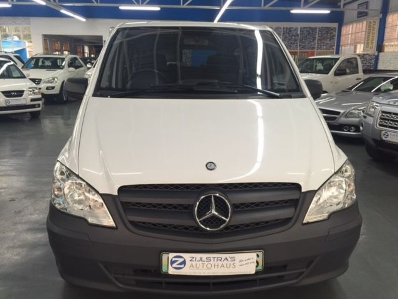 Mercedes-Benz Vito 113 2011 photo - 2