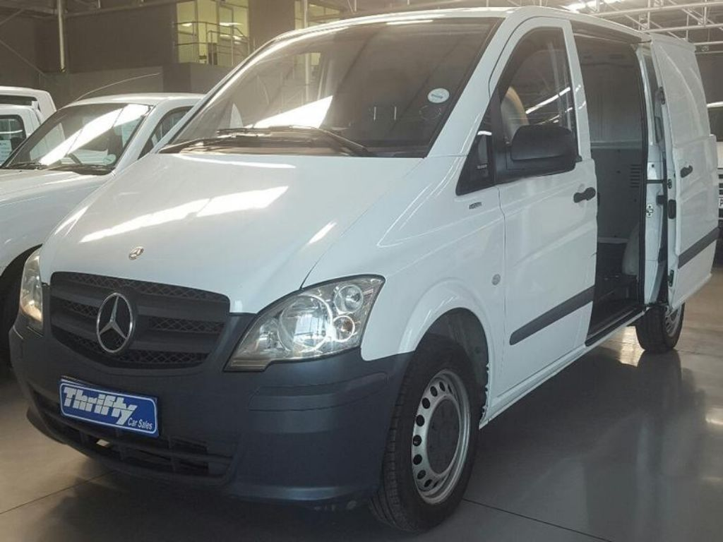Mercedes-Benz Vito 113 2012 photo - 2