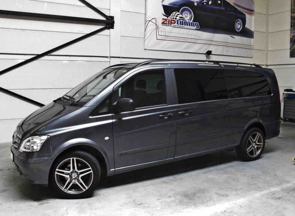 Mercedes-Benz Vito 119 2010 photo - 12
