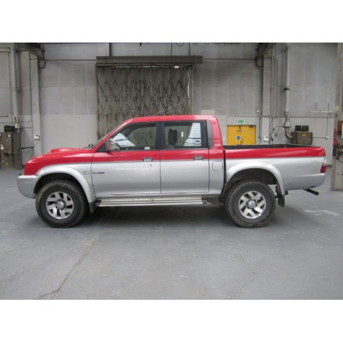 Mitsubishi L200 2.5 2001 Technical Specifications