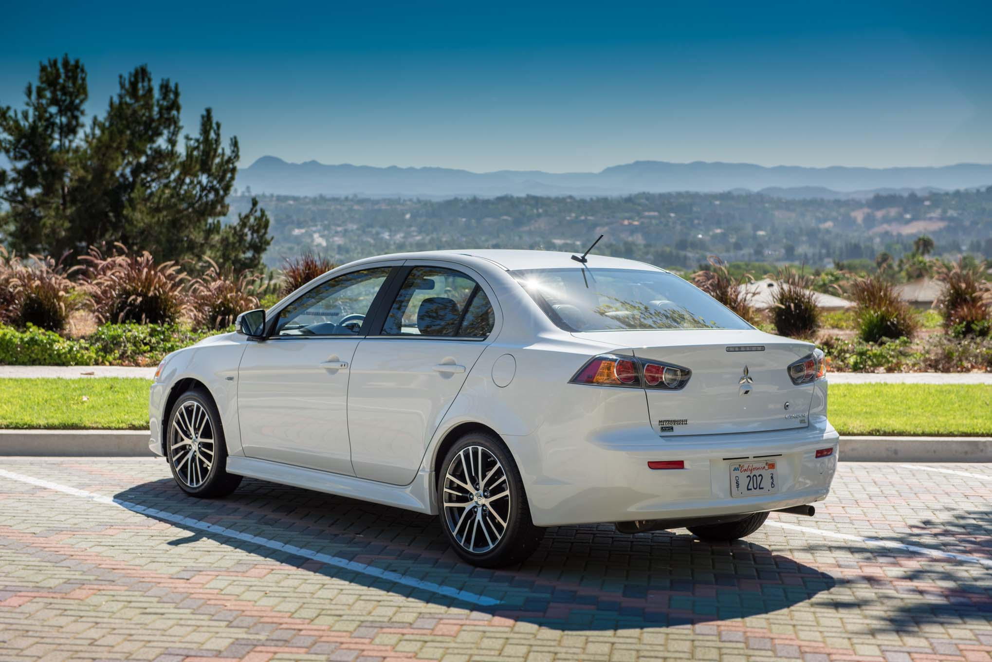Mitsubishi Lancer 1 5 2014 Technical Specifications Interior And Exterior Photo