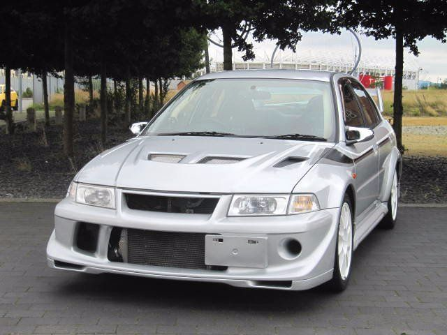 Mitsubishi Lancer Evolution 2.0 2000 photo - 10