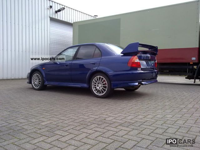 Mitsubishi Lancer Evolution 2.0 2000 photo - 4