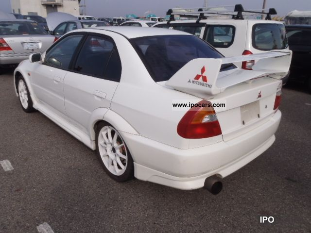 Mitsubishi Lancer Evolution 2.0 2000 photo - 6