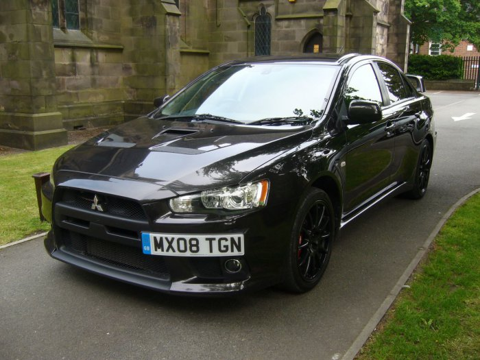 Mitsubishi Lancer Evolution 2.0 2000 photo - 9