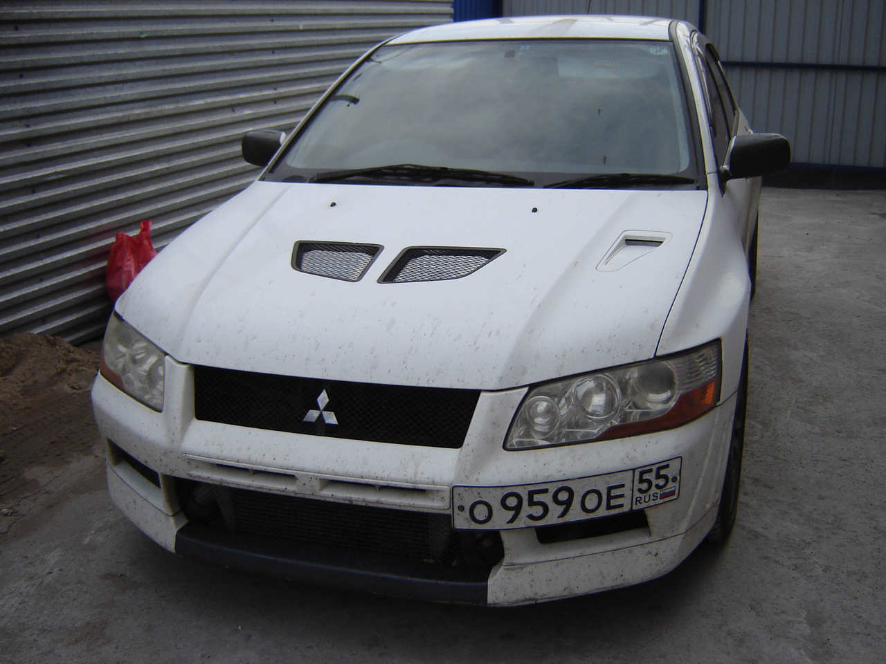 Mitsubishi Lancer Evolution 2.0 2002 photo - 3