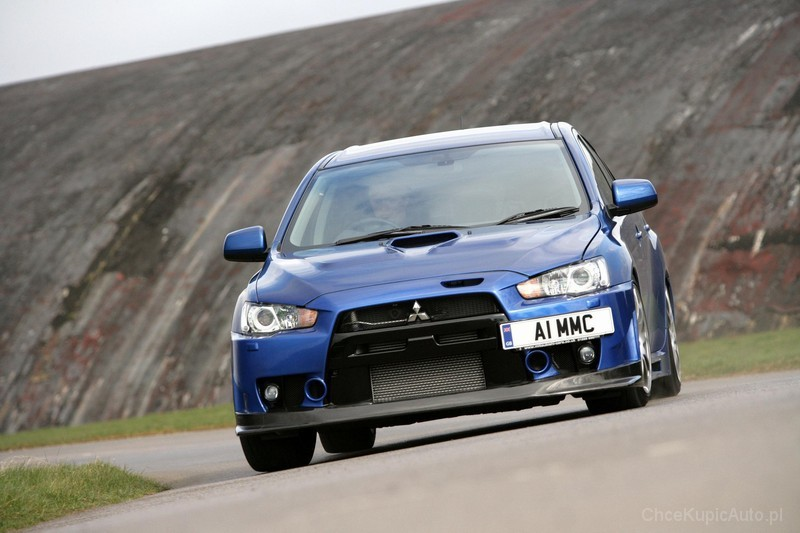 Mitsubishi Lancer Evolution 2.0 2009 photo - 9