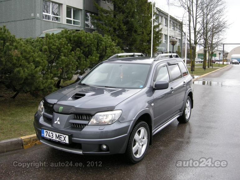 Mitsubishi Outlander 2.0 2006 photo - 3