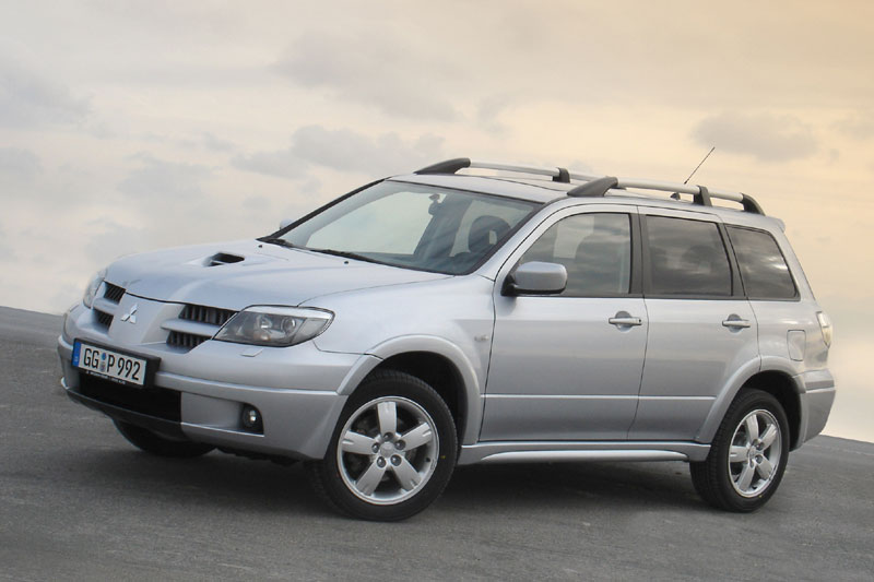 Mitsubishi Outlander 2.0 2006 photo - 4