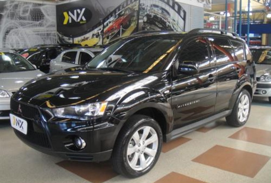 Mitsubishi Outlander 2.0 2012 photo - 5