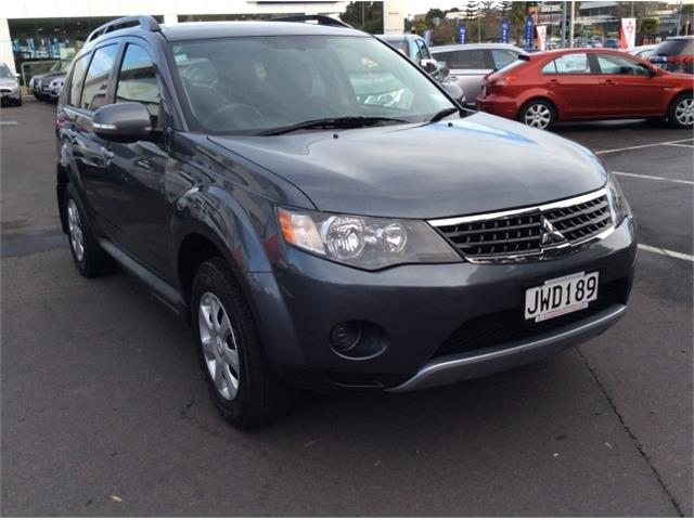 Mitsubishi Outlander 2.0 2012 photo - 6