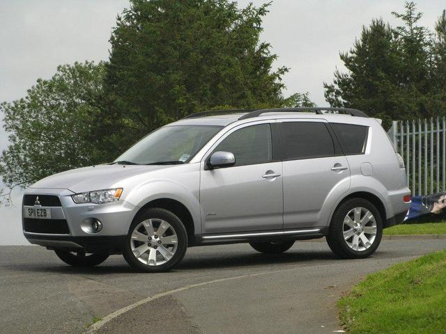 Mitsubishi Outlander 2.2 2011 photo - 5