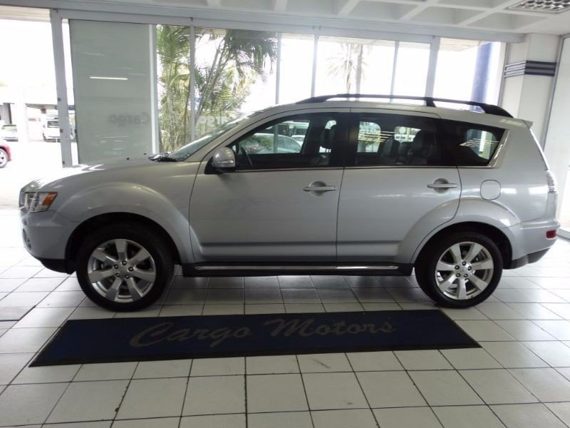 Mitsubishi Outlander 2.4 2013 photo - 5