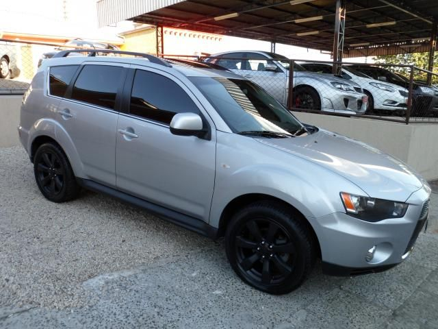 Mitsubishi Outlander 3.0 2011 photo - 7