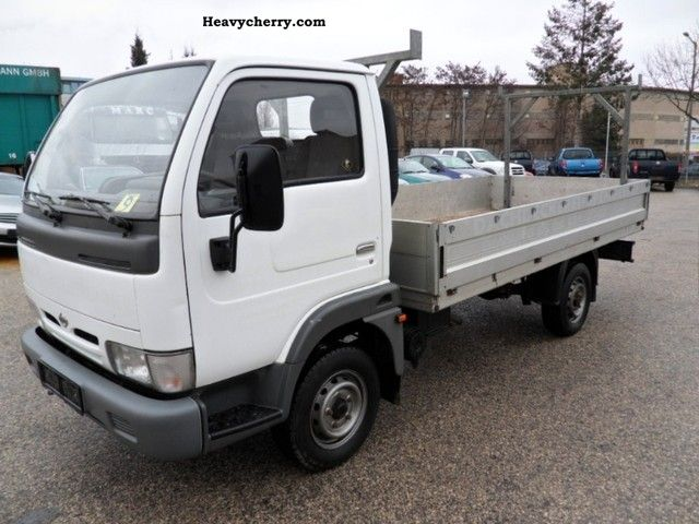 Nissan Cabstar 2.2 1996 photo - 3