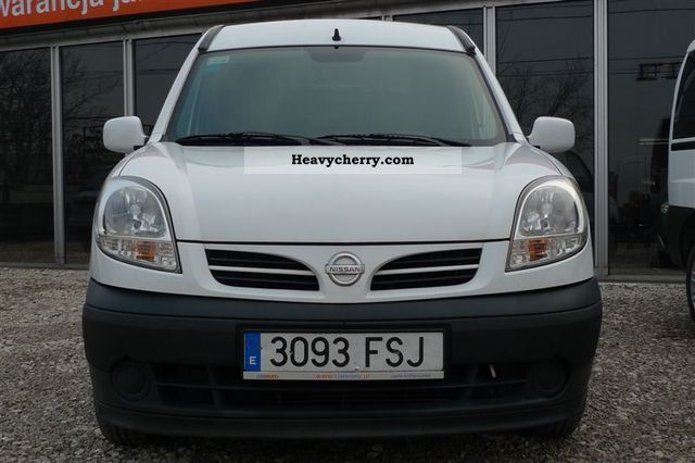 Nissan Cabstar 2.4 2007 photo - 6