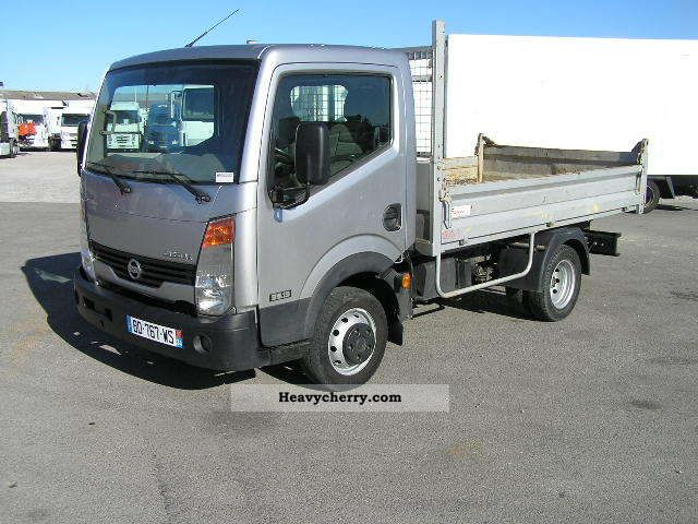 Nissan Cabstar 2.7 2007 photo - 3