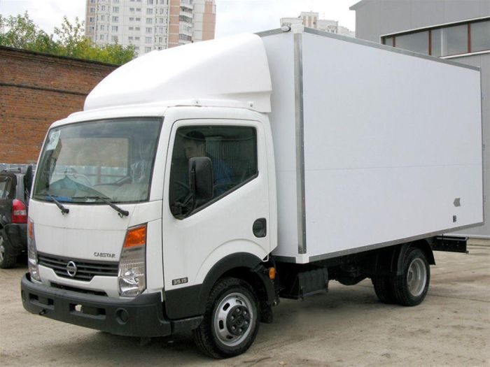 Nissan Cabstar 2.7 2007 photo - 4