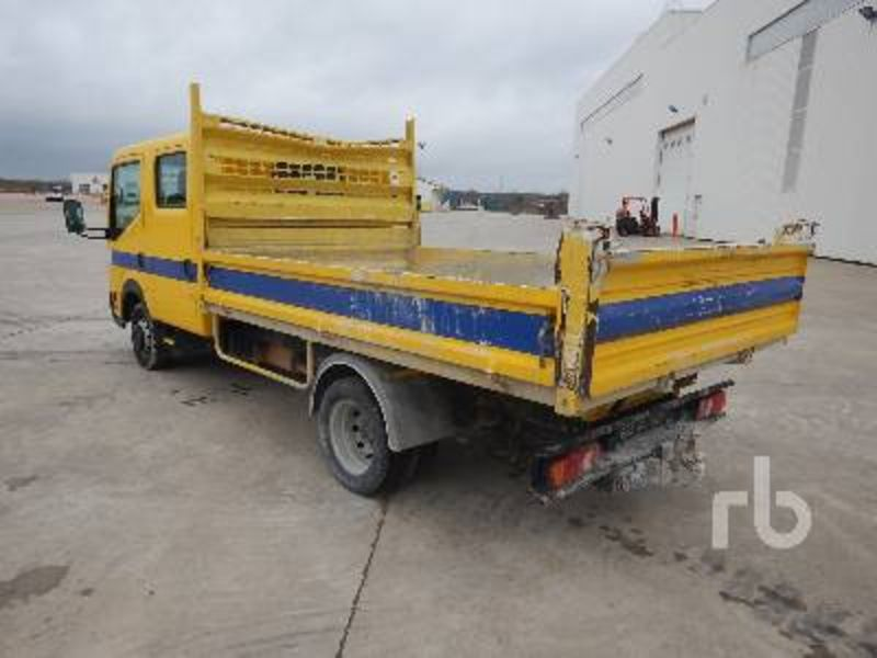 Nissan Cabstar 4.7 2008 photo - 2