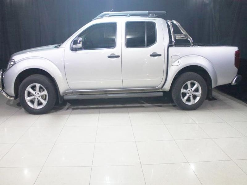 Nissan Navara 2.5 2014 photo - 10