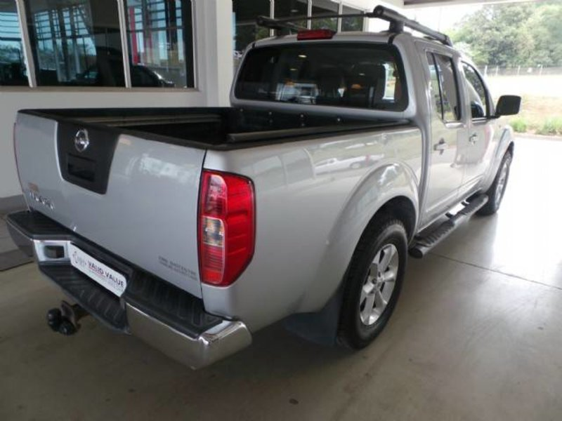 Nissan Navara 3.0 2011 photo - 10