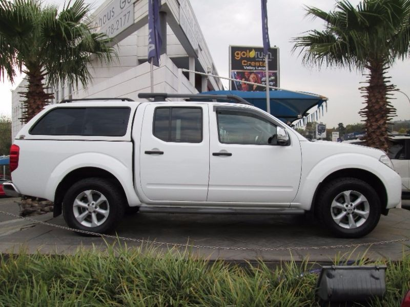 Nissan Navara 3.0 2011 photo - 7