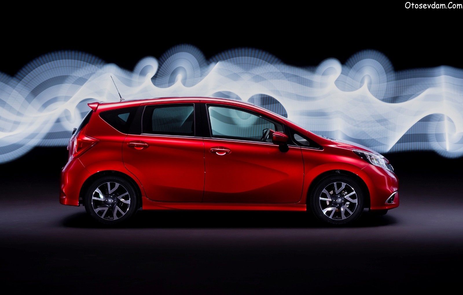Nissan Note 1.2 2014 photo - 2