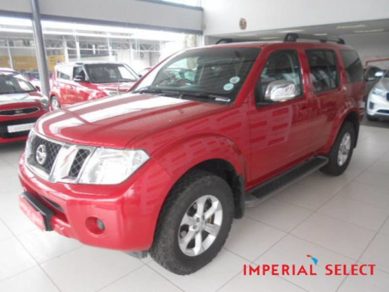 Nissan Pathfinder 2.5 2013 photo - 1