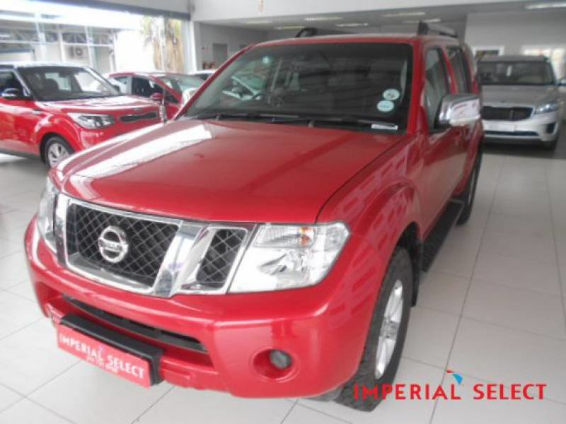 Nissan Pathfinder 2.5 2013 photo - 2