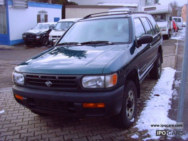 Nissan Pathfinder 2.7 1997 photo - 3