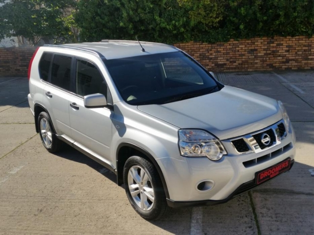 Nissan X-Trail 2.0 2013 photo - 1