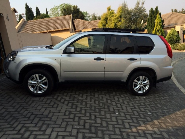 Nissan X-Trail 2.0 2013 photo - 3