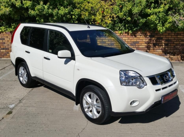 Nissan X-Trail 2.0 2013 photo - 4