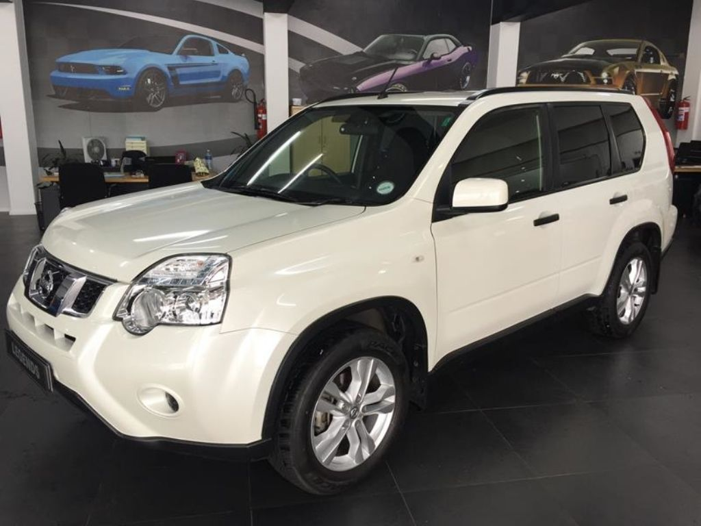 Nissan X-Trail 2.0 2014 photo - 10