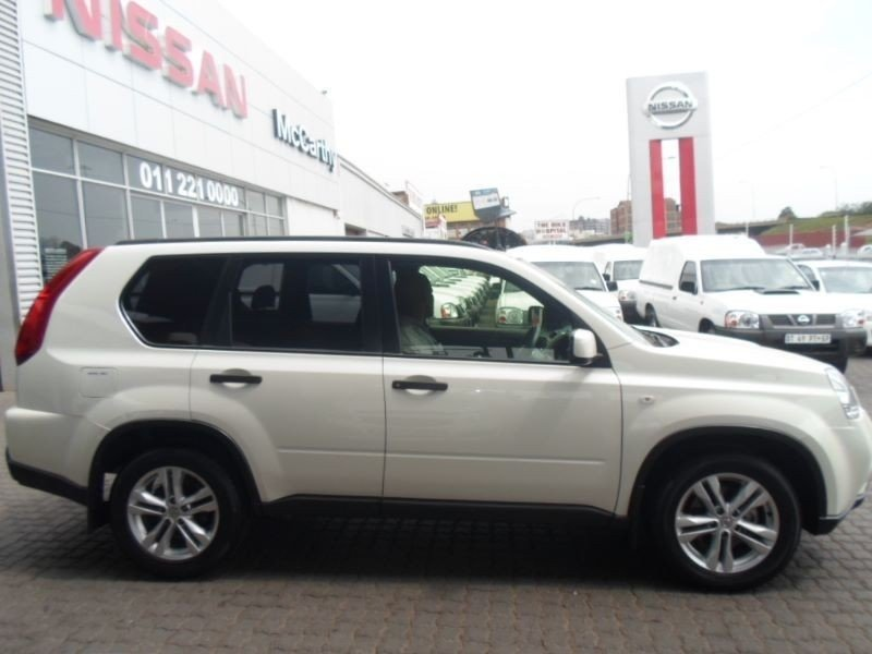 Nissan X-Trail 2.0 2014 photo - 5