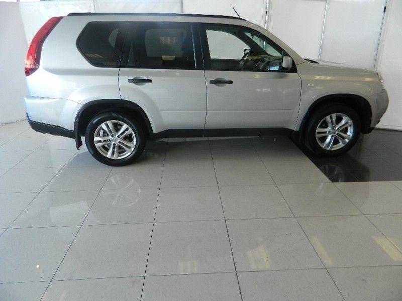 Nissan X-Trail 2.0 2014 photo - 6