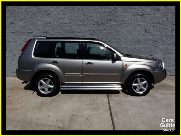Nissan X-Trail 2.5 2001 photo - 11