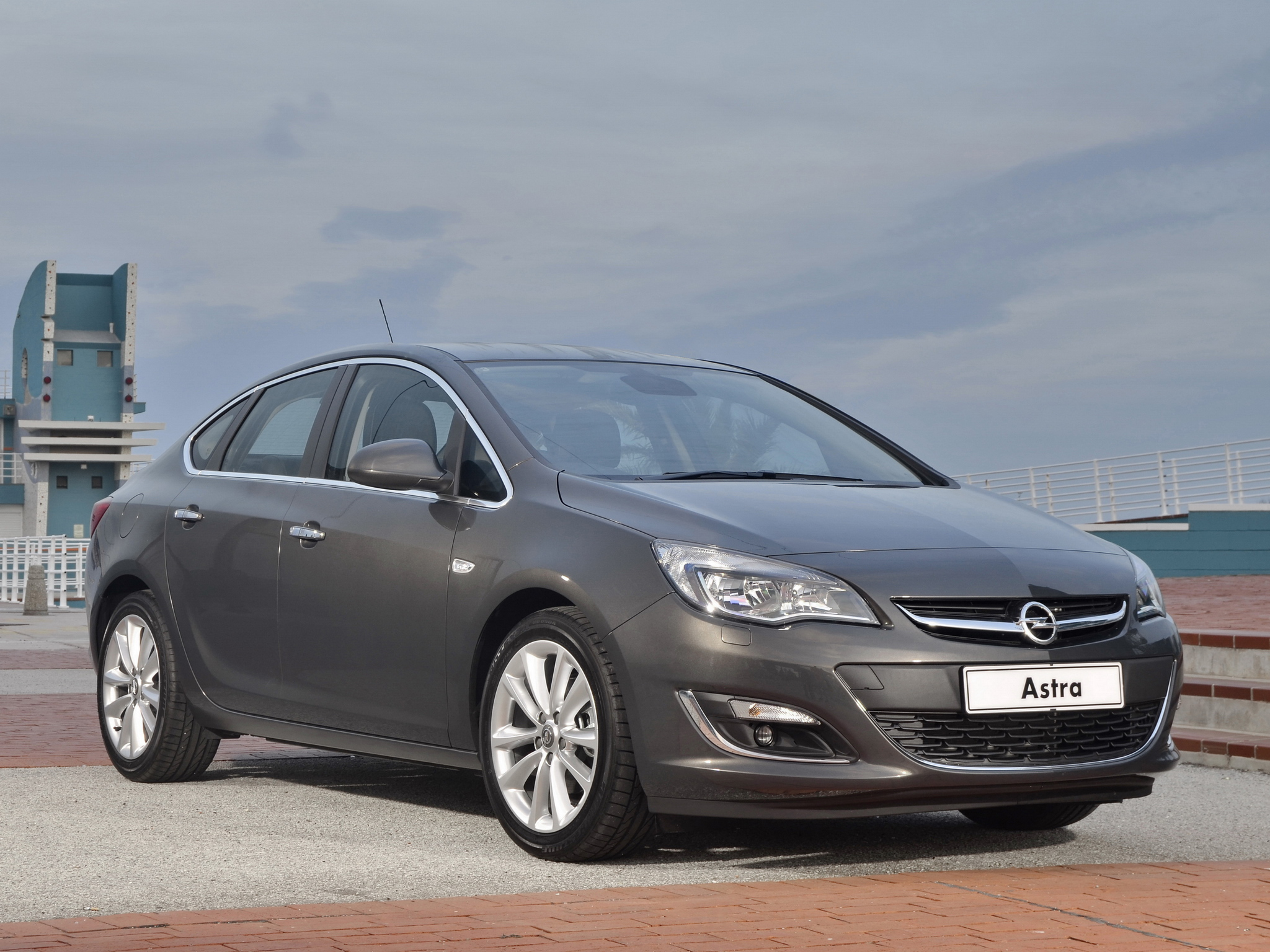 Opel Astra 1.2 2013 photo - 8