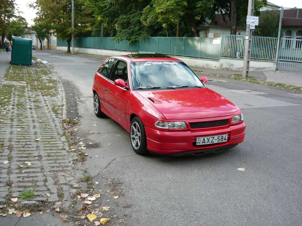 Opel Astra 1.4 1985 photo - 7