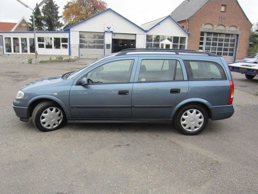 Opel Astra 1.6 1988 photo - 8