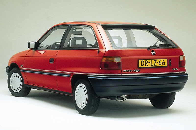 Opel Astra 1 6 1993 Technical Specifications